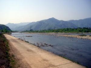 滝波川との合流 上部